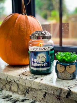 FIVE Ways To Stay Cosy This Halloween And Bonfire Night